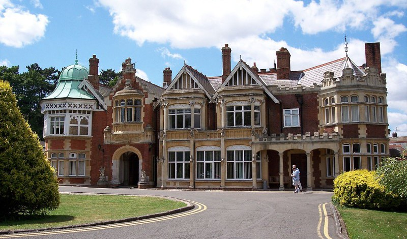 """Bletchley Park - Draco2008"" by Draco2008 from UK - Bletchley Park. Licensed under CC BY 2.0 via Commons."