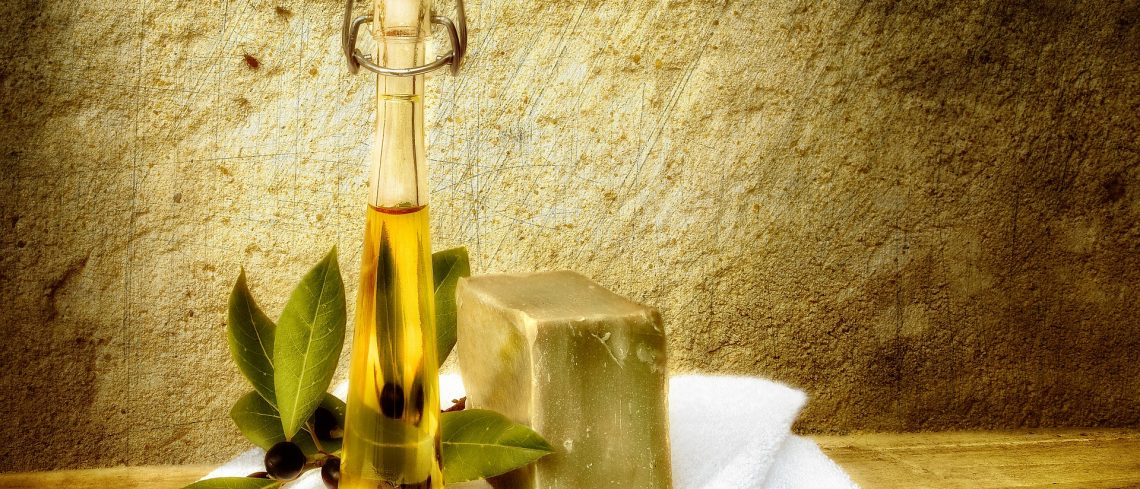 Siete trucos de belleza con aceite de oliva que te sorprenderán